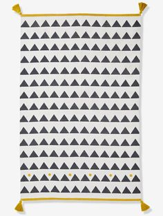 Rug with Tassels & Triangles - white light solid with design, Bedding & Decor Triangles, Crochet Flip Flops, White Light, Black And White, Jungle Bedroom, Cot Blankets, Siding Colors, Changing Mat, Decorative Storage