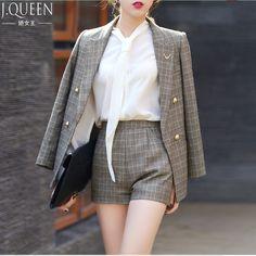 2017 New Short Pant Suits Women Casual Office Business Suits Formal Work Wear Sets Uniform Styles Elegant Pant Suits J17CT2004