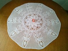 Kira crochet: Round tablecloth with pineapple