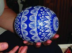 HAJANY - Zvířata - Česká husa - živý poklad z Čech Egg Decorating, Easter Eggs, Christmas Bulbs, Doodles, Dots, Homemade, Patterns, Mandala Art, Holiday Decor