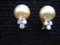 Earrings, made from 18k yellow gold, sand-colour pearls and diamonds.