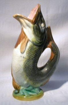 "VICTORIAN MAJOLICA FISH 6.3/4""  GURGLE JUG"