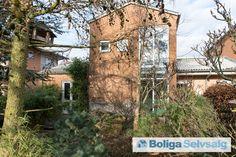 Mallinggårdsvej 31, 8340 Malling - 5-rums bolig velegnet til børnefamilie i forening med sund økonomi. #malling #andel #andelsbolig #selvsalg #boligsalg