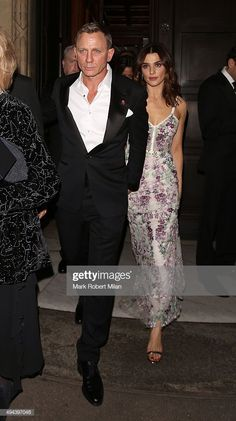 Daniel Craig and Rachel Weisz attending the 'Spectre' Premiere after party at the British Museum in London, England on (October Daniel Craig Rachel Weisz, Daniel Craig Style, Daniel Craig James Bond, Estilo James Bond, James Bond Style, Celebrity Couples, Celebrity Style, Rachel Weiss, Daniel Graig