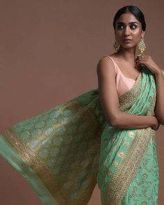 Indian Party Wear, Indian Bridal Wear, Indian Wear, Indian Bridal Lehenga, Indian Beauty Saree, Indian Sarees, Sewing Dresses For Women, Summer Dresses For Women, Indian Outfits