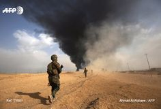 Iraq-i forces advance towards al-Qaim, the main town in the Islamic State group's last bastion in the country. Today's pictures @AFP