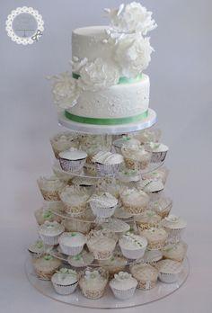 Hochzeit Cupcaketorte vintage