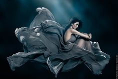 Hold Your Breath | Johanna F | Nahoko Spiess #photography | Ben Trovato
