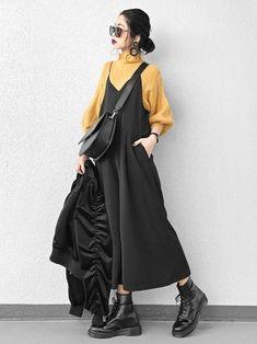 │ ー ー デ ネ ネ ト Pierces (beide Ohren) Sieht aus Ai│ │ ー ー デ ネ ネ ト Pierces (beide Ohren) Sieht aus Fashion Mode, Moda Fashion, 90s Fashion, Hijab Fashion, Fashion Dresses, Womens Fashion, Kawaii Fashion, Retro Fashion, Runway Fashion