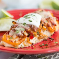 Recipe: Southwestern Hasselback Chicken Move over Hasselback potatoes! Southwest Hasselback Chicken is a fun way to switch up a boring [. Low Carb Dinner Recipes, High Protein Recipes, Diet Recipes, Chicken Recipes, Cooking Recipes, Healthy Recipes, Healthy Meals, Weeknight Recipes, Tasty Meals