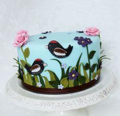 Birds and flowers - Cake by Kateřina Lončáková - CakesDecor