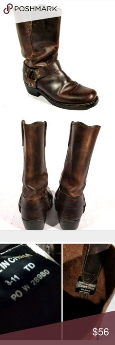 DINGO DI19076 Mens 9 Leather Western Boots DINGO DI19076 Mens 9 Boots~   Gently used, scuffs and wear throughout. Nice distressed look. Please see photos for details.Every item is closely inspected & carefully chosen for our store.   Feel free to check out our other items. We specialize in mostly clothes & shoes.Thanks for looking! dingo Shoes Boots