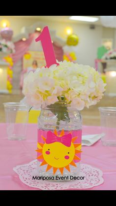 Sunshine centerpieces ;)