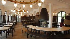 """Restaurant/Biergarten """"Zollpackhof"""" mit Blick aufs Kanzleramt (Foto: Ralf Lutter)"""