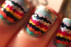 i wish i could do my nails like this:(