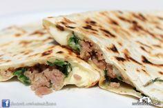 Cassone salsiccia, erbe e mozzarella #rimini #italianstreetfood #italianfood #piadina #piada #cucina italiana #Casinadelbosco Seguici: www.facebook.com/casinadelbosco