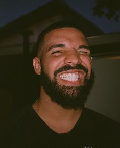 Listen to every Drake track @ Iomoio