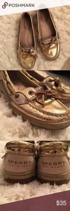Angelfish Sperry Topsiders Gold Python Print These preloved, golden boat shoes are a must have for any wardrobe and they are looking for a new home! They are super comfy and very versatile! Great for the beach or for casual Friday at the office. Sperry Top-Sider Shoes Flats & Loafers