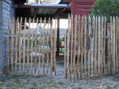 gartentor naturzaun holzzaun selber bauen homesteading survival pinterest garten zaun. Black Bedroom Furniture Sets. Home Design Ideas