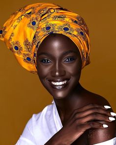 black women beautiful and exciting chest Beautiful Dark Skinned Women, My Black Is Beautiful, Beautiful Eyes, Beautiful Pictures, Scarf Hairstyles, African Hairstyles, African Beauty, African Women, Black Women Art