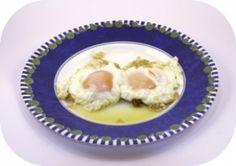 Die LCHF Diät stammt aus Schweden – Low Carb, High Fat heißt die Devise beim Abnehmen. Die Diät basiert auf den Prinzipien der Low Carb Diäten, fettreiche Nahrungsmittel sind ebenfalls erlaubt.