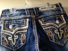 Rock Revival Kai Capri Cropped Jeans Embroirdered Stitched Size 26