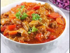 Thai Red Curry, Chili, Ethnic Recipes, Youtube, Food, Chile, Essen, Meals, Chilis