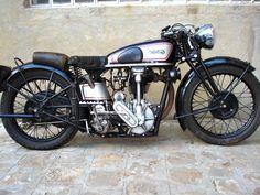 Girl Motorcycle -                                                              norton motorcycles | Tony's 1930 Model CS1 Norton