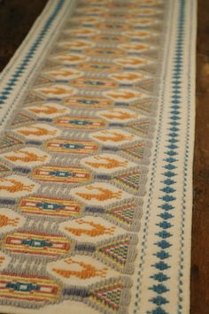 Arazzo in lana e cotone, disponibile in diverse dimensioni e soggetti. Produzione Sant'Antioco