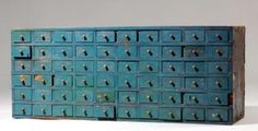 Small apothecary cabinet with 60 drawers 19th century  ****