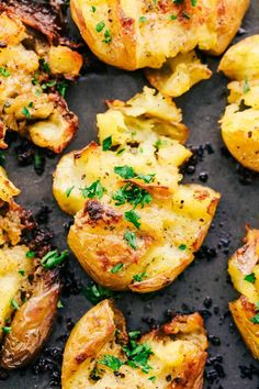 Garlic Ranch Smashed Potatoes are crispy on the outside and tender on the inside with the most incredible garlic ranch flavor! These make the perfect side dish or appetizer. Where have smashed Garlic Smashed Potatoes, Twice Baked Potatoes, Ranch Potatoes, Baby Potatoes, New Recipes, Dinner Recipes, Cooking Recipes, Healthy Recipes, Dressings