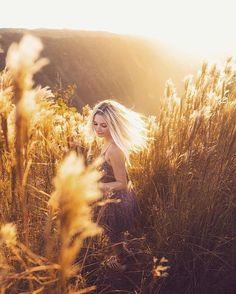 Lost in a golden sunset with 🌾✨ Farm Pictures, Senior Pictures, Forest Photography, Girl Photography, Outdoor Shoot, Insta Photo Ideas, Sunset Photos, Fall Photos, Photoshoot Inspiration
