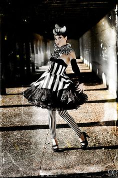 Peplum in Black and White Stripes, Cincher Skirt, Waist inches–Ready to Ship Circo notturno! Steampunk Fashion, Gothic Fashion, Harlequin Costume, Circus Fashion, Dark Circus, Circus Art, Night Circus, Clowns, Cosplay