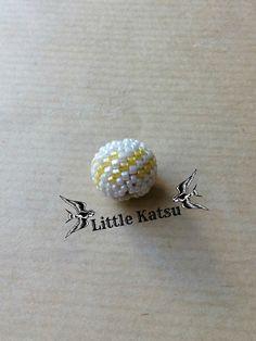 Perle Perlée Tissée À L'Aiguille - Jaune/Blanc. : Perles par littlekatsu