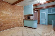 1954 Texas time capsule house - original cork floors, gorgeous brick work & more - 26 photos - Retro Renovation