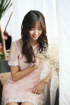 Kim So-hyun (김소현) Kim So Hyun Fashion, Korean Fashion, Korean Girl, Asian Girl, Asian Woman, Korean Beauty, Asian Beauty, Korean Celebrities, Celebs
