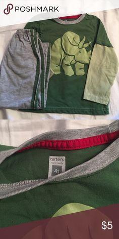 Carters - toddler boy pjs Size 4T boys dinosaur matching pjs; long sleeve shirt and pants; great condition! Carter's Pajamas Pajama Sets
