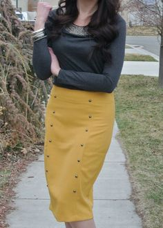 Plane Pretty | Travel and Lifestyle Blog | Modest Fashion: Mustard and Gray