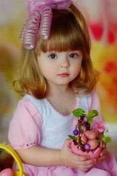 Cute Little Baby Girl, Cute Young Girl, Mom And Baby, Little Babies, Cute Babies, Cute Photography, Children Photography, Beautiful Children, Beautiful Babies