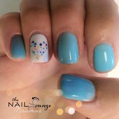 Heart dots gel nail art