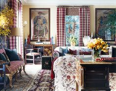This is the perfect example of why I do not like Rooms to Go! Mixing patterns and furntiure styles works! Whether you prefer contemporary and more modern styles, mixing things you like together makes a room truly yours.