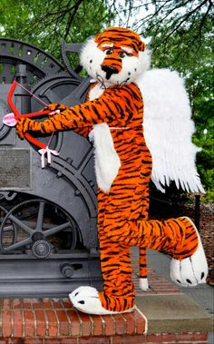 Aubie says Happy Valentine's Day!