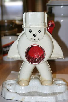 Vintage Hasbro Snow-Cone Maker Frosty Sno-Man Snow Cone Machine.  Bubba and I had one of these.