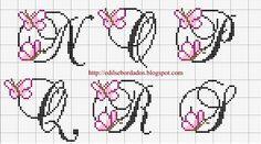 Meus Pontinhos (Ponto cruz e Gráficos): Gráfico de Letras-Borboletinhas.(Monograma)