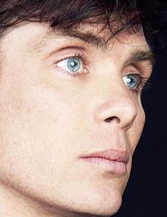 Cillian Murphy, close up. Beautiful Blue Eyes, Pretty Eyes, Gorgeous Men, Beautiful People, Peaky Blinders Wallpaper, Red Right Hand, Cillian Murphy Peaky Blinders, Netflix, Hip Hop And R&b