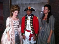 Rizzoli and Isles in Revolutionary costumes