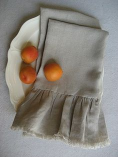 Easy to make Wisteria Knock-off Linen Hand Towels....