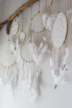 ☯ DIY doily dream catcher wall hanging. Obsessed.