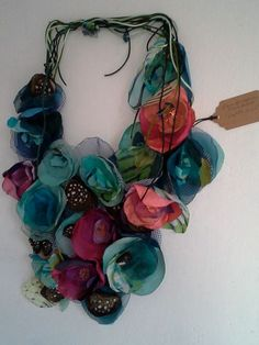 Jewelry Doctor Tips Jewelry Doctor Tips Textile Jewelry, Fabric Jewelry, Boho Jewelry, Jewelry Crafts, Jewelry Art, Jewellery, Handmade Flowers, Diy Flowers, Fabric Flowers