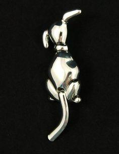 Cold Shoulder Dog Brooch Pin – Cats Like Us